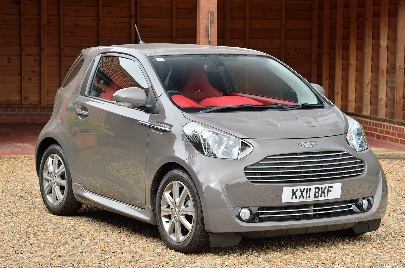 https://collectingcars.com/for-sale/2011-aston-martin-cygnet-1
