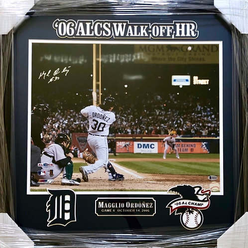 Magglio Ordonez Autographed FRAMED 16x20 Photo