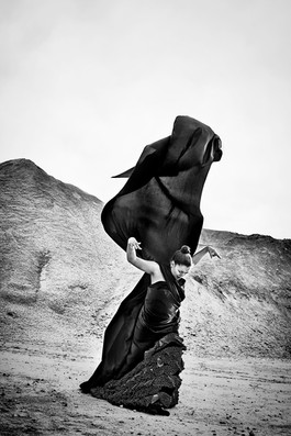 Flamenco dancer: Phyllis Akinyi Light designer: Jesper Westh Makeup: Pernille Ituri