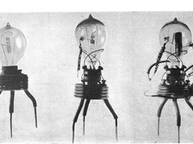 The thermionic valve: the Origin of the myth
