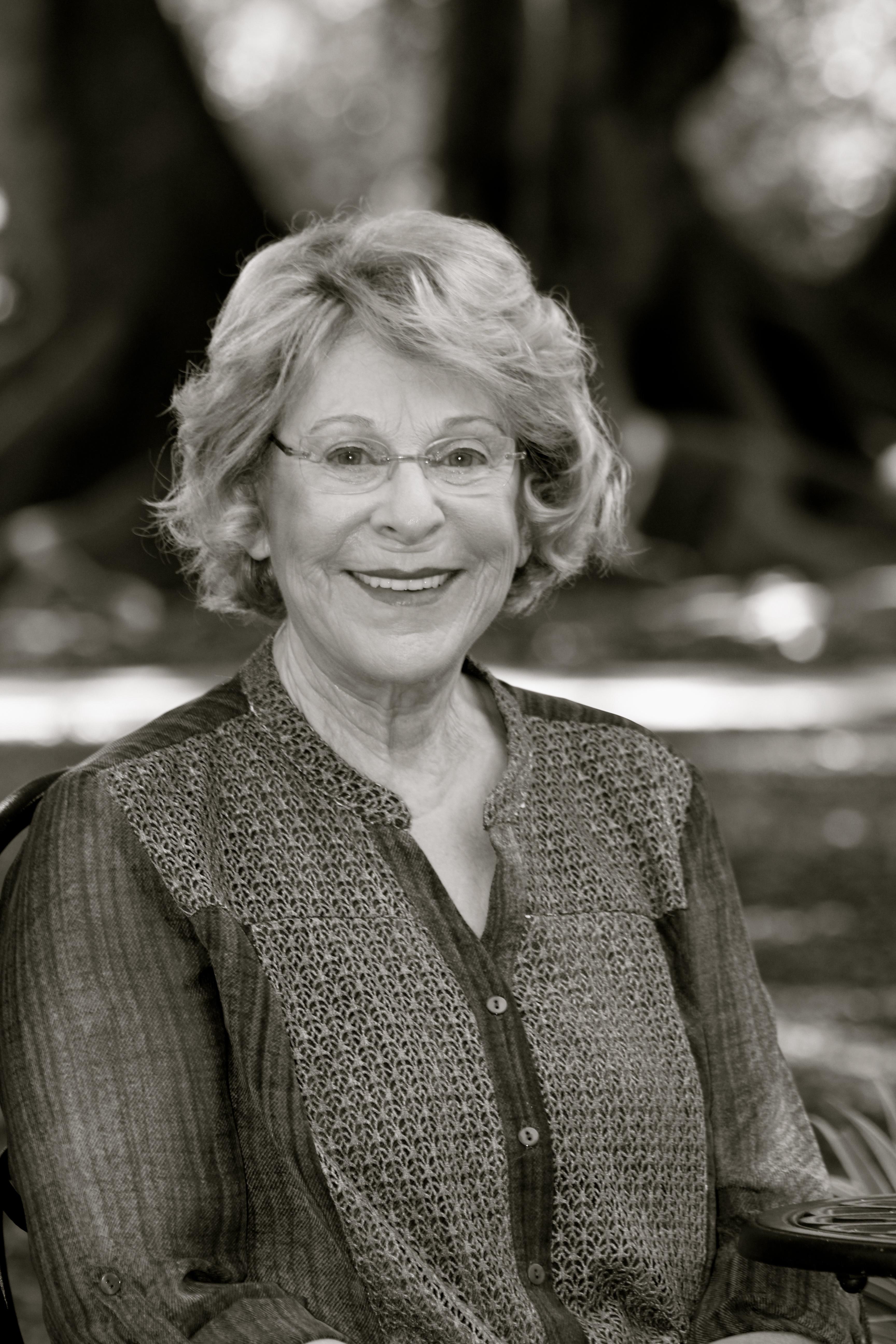 Author Linda Albert