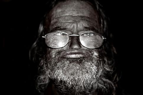 Homeless - Gray Artus