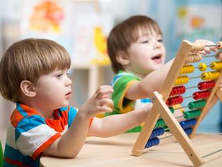 """Приглашаем девчонок и мальчишек от 4 до 5 лет на занятия в группу """"АБВГДЕЙКА"""""""
