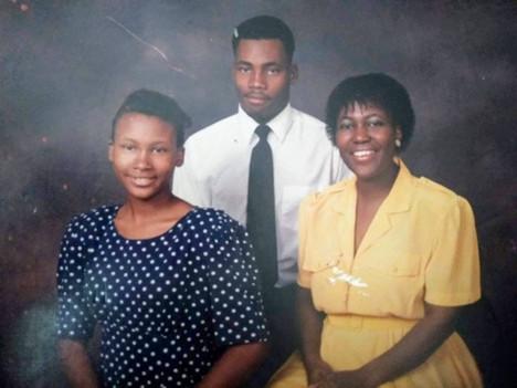 Lamar Sister Mom 1990s.jpg