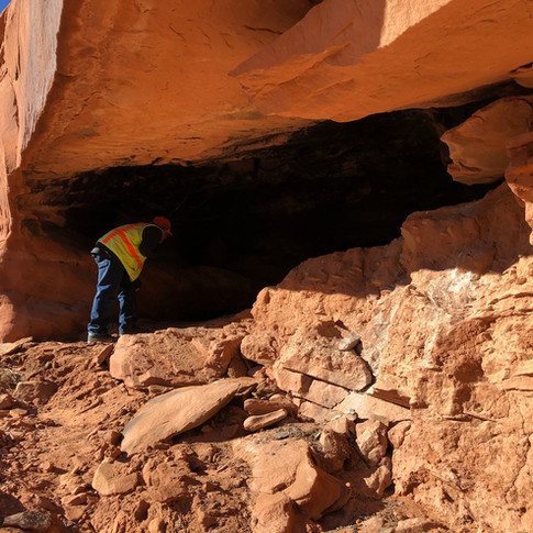 Jeff investigating an alcove site.