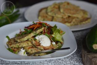 Cuketové placky s mozzarelou a bylinkami