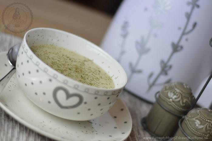 Biela krémová polievka z kvaky