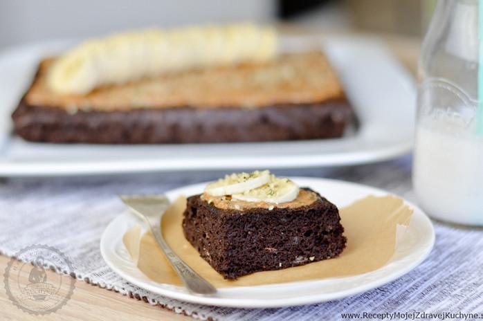 Banánový brownie s mandľovým maslom odPowerlogy
