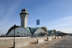 SAINT LOUIS LAMBERT AIRPORT
