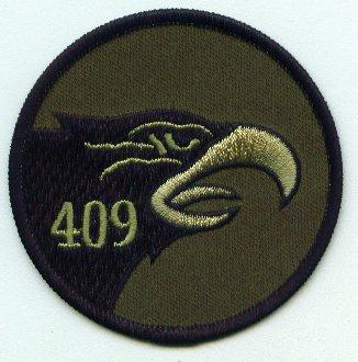 409 Squadron crest right facing bird