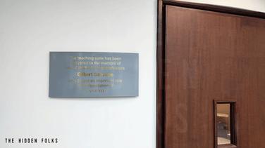 Customised plaque