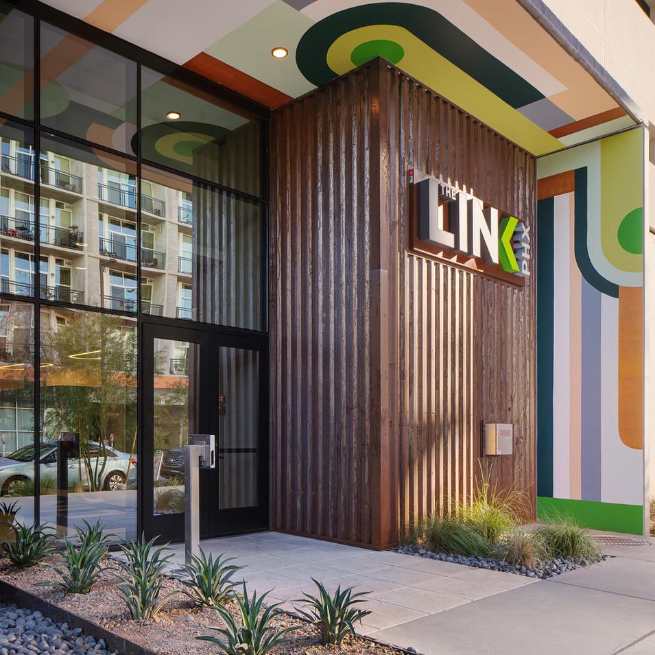 Phoenix Luxury Building Entrance | Kuchar