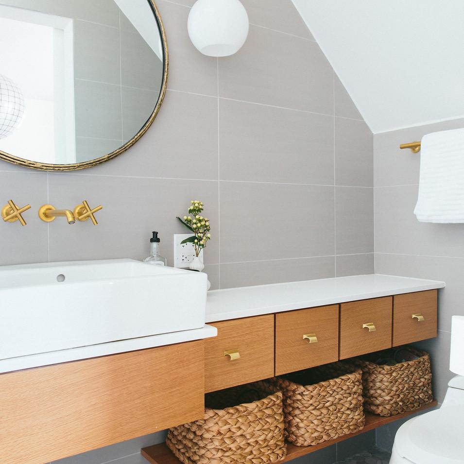 Modern Vintage Residential Bath | Kuchar