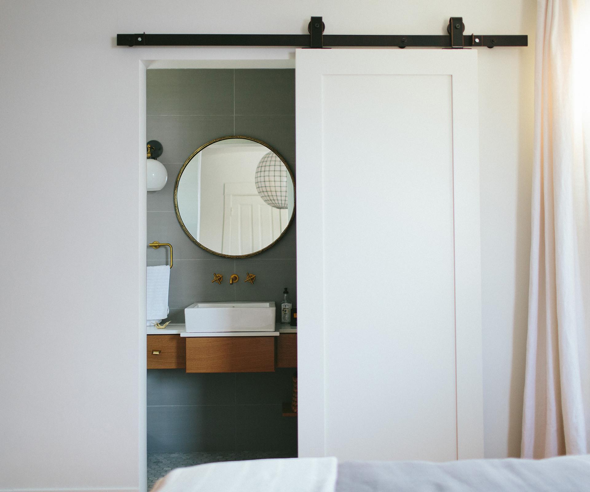 Modern Vintage Residential Bedroom Suite  | Kuchar