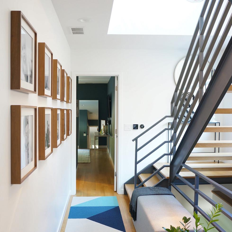 Modern Luxury Pilsen Residence Hallway   Kuchar