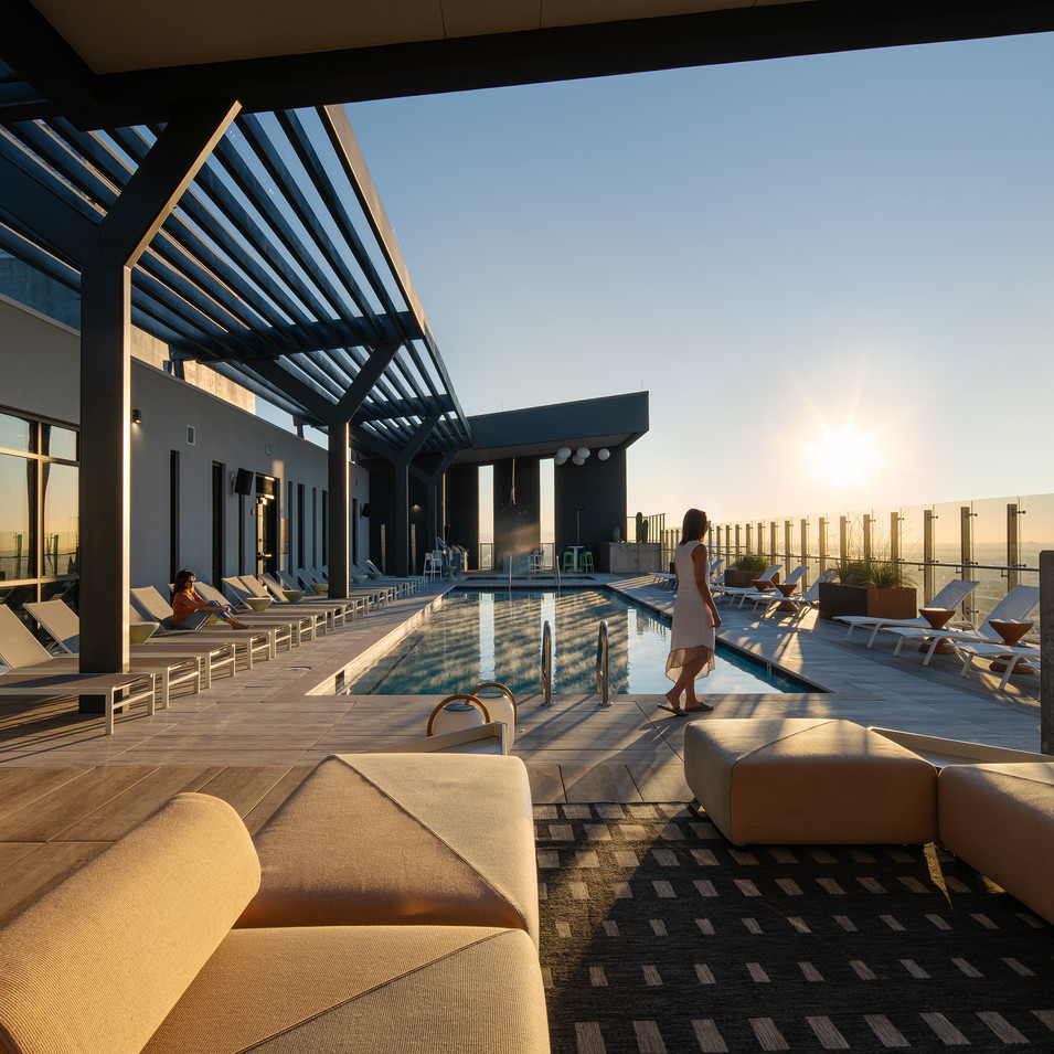 Roof deck lounge in luxury Phoenix Link PHX downtown designed by Kuchar.