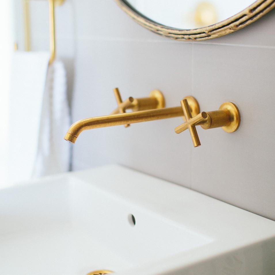 Modern Vintage Residential Bath Detail | Kuchar