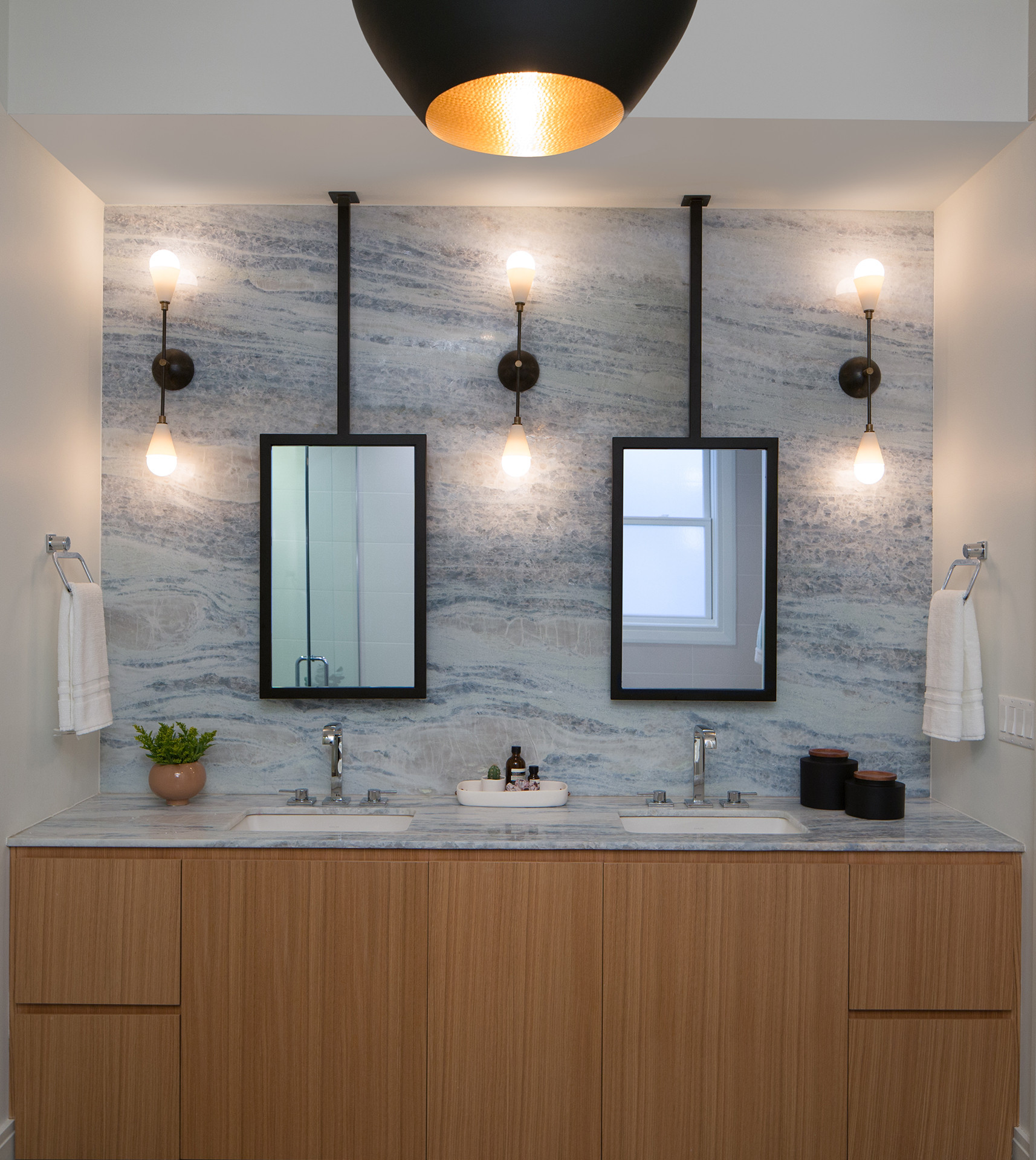Lakeview Residence Bathroom | Kuchar