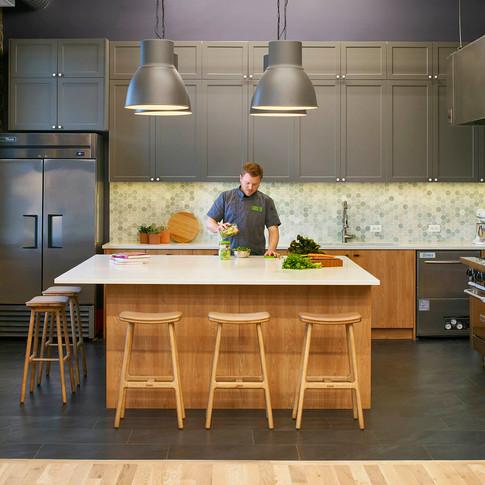 Professional Test Kitchen for Farmer's Fridge | Kuchar