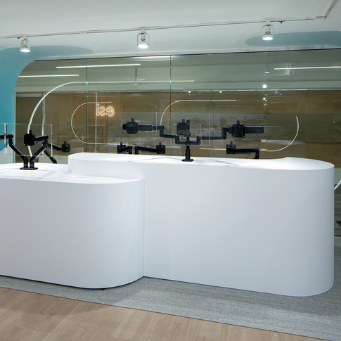Curved Arch Branding for Montior Arm Display for ESI Ergonomic Products | Kuchar