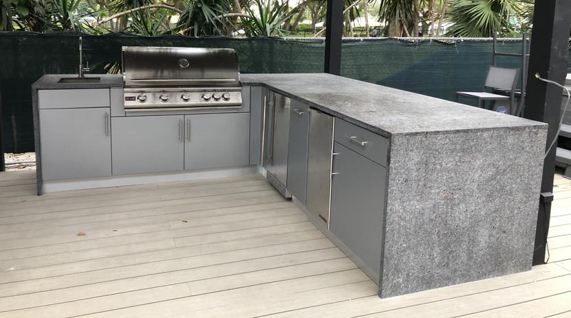 North Miami Outdoor Kitchen