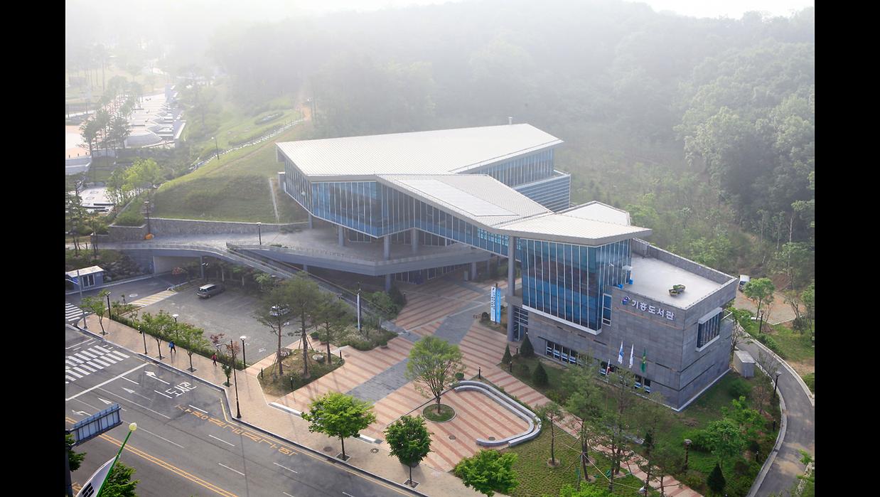 기흥도서관(web)-9.png