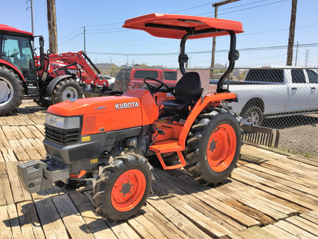 SPECIAL --- 2010 Kubota L2800 4x4 Tractor and Landscape Rake For Sale – Only 280 Hours