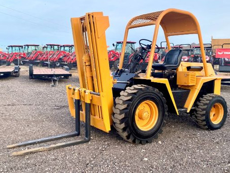 SPECIAL --- 1979 Champ CB60A Gas Rough Terrain Pneumatic Forklift / 2 Stage Mast