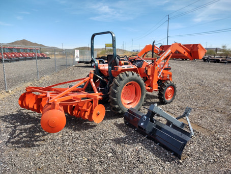 SPECIAL --- 1992 Kubota L2650D-TL Tractor Loader with Attachments