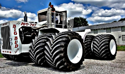 Introducing the 5 Strongest and Largest Tractors in the World...