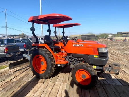 SPECIAL --- 2010 Kubota L2800 4x4 Tractor and Grader Blade For Sale – Only 353 Hours