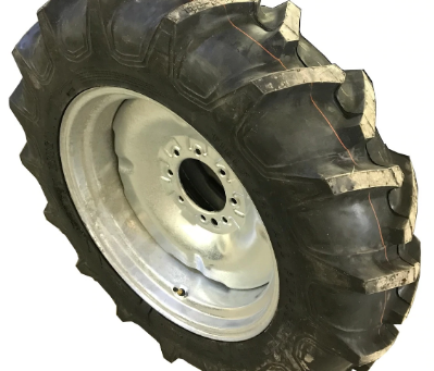 How Do I Remove and Install My Tractor's Rear Wheels?