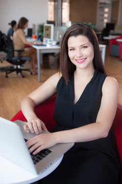 IMG_4851_Scratch_office woman