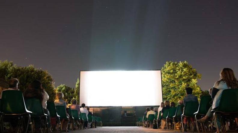 cinema-daturi-135418.660x368.jpg