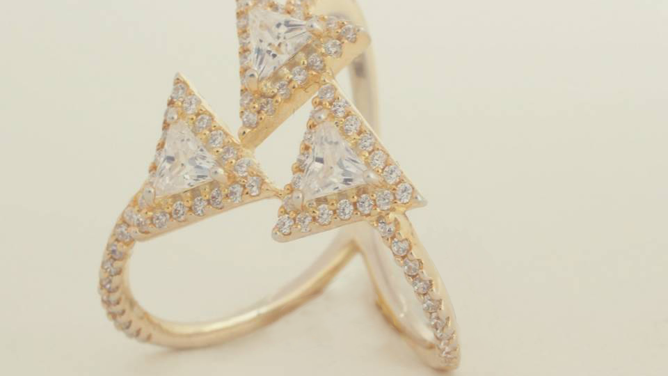 Three Triangle ring