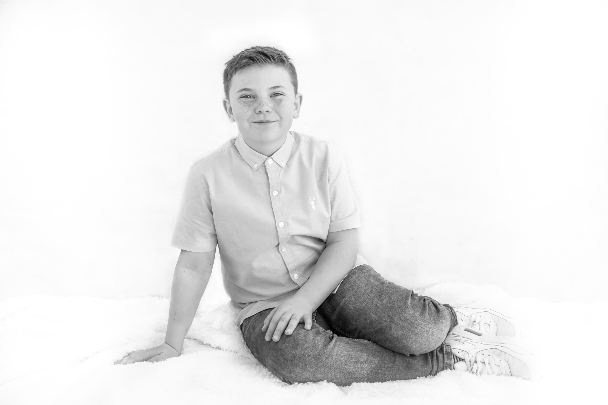 Swansea Head Shot, Family Portrait Black and White Photography. Photographer also covers the Gower, Carmarthenshire, Llanelli and South Wales for Babies, Children and Pets