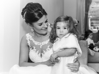 Mother and Daughter Wedding Photography