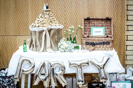 swansea wedding balloons and cake photography