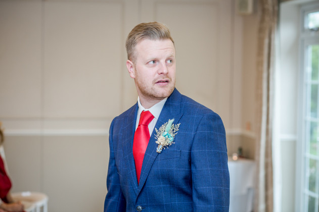 Grooms suit 2020 Wedding Photography