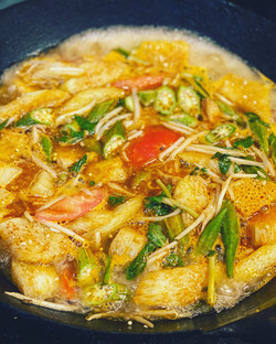 Canh Chua Do Bien