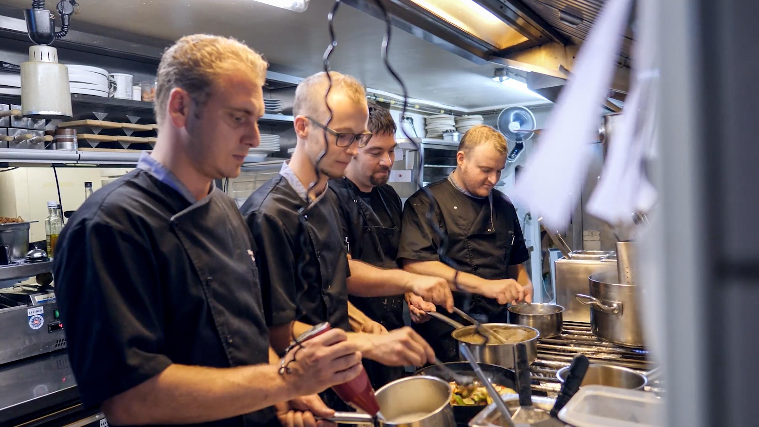 Wia z´ haus Lehner Küchen Team