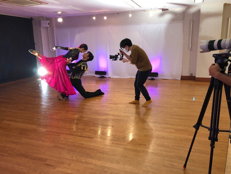 スタッフのダンス撮影しました!