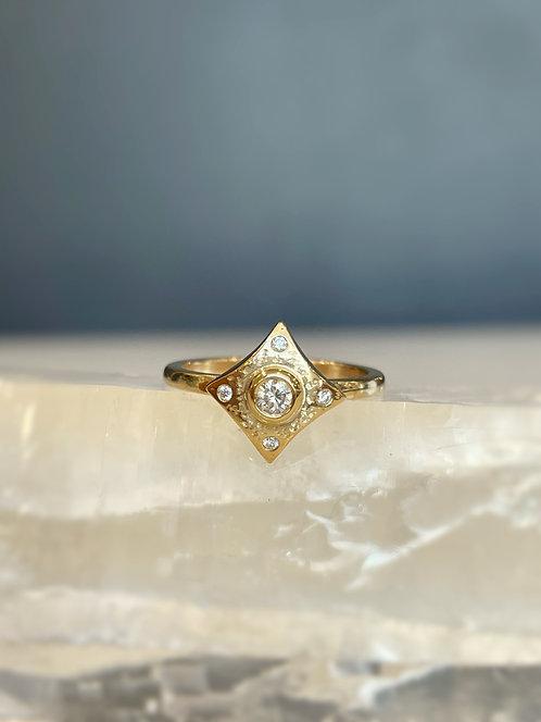 Diamond Lyza ring