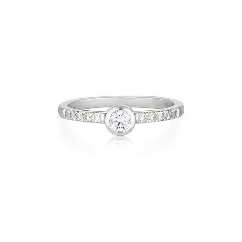 Diamond Sofia ring