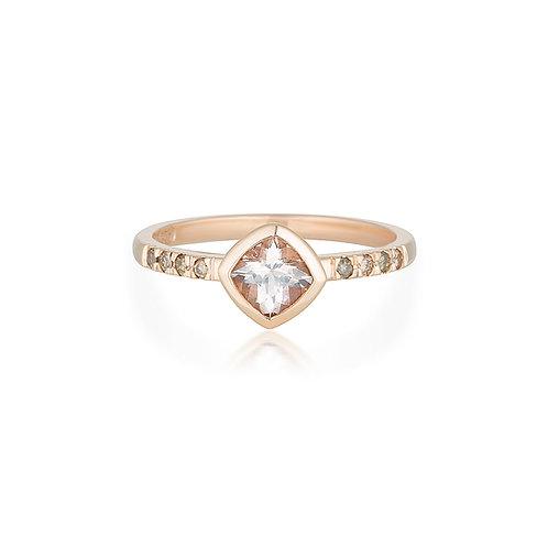 Morganite Sienna ring