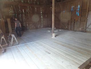 Holzlager im alten Heutenn