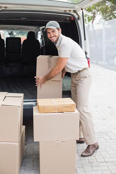 logisticom delivery.jpg