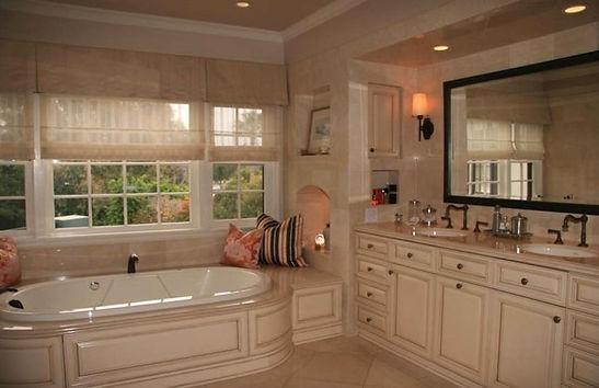 Meyer residence master bath.jpg