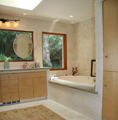 B. Leonard residence bathroom 2.jpg