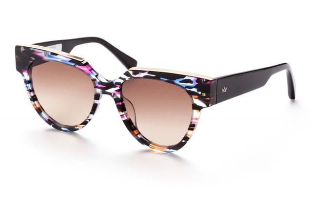 AM-Eyewear-_HANDO-115-PA-BG-ANGLE-1-800x
